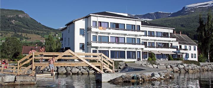 Innvik Fjordhotell 2